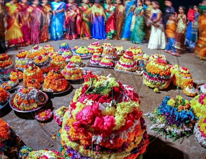 Women of Telangana Playing Bathukamma.