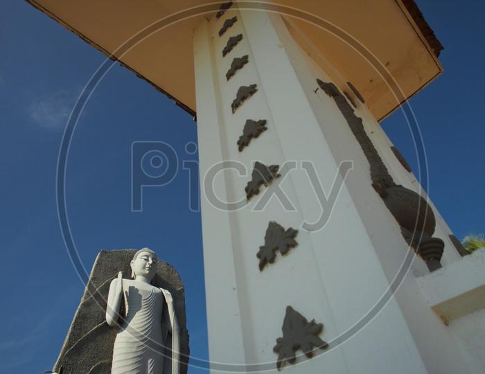 Buddha Statue inSri Lanka / Buddhist Temples in Sri Lanka / Ancient Buddha Temples in Sri Lanka