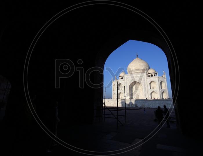 Taj Mahal through a Arch
