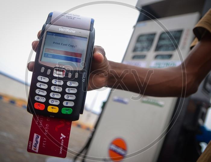swipe machine at petrol pump