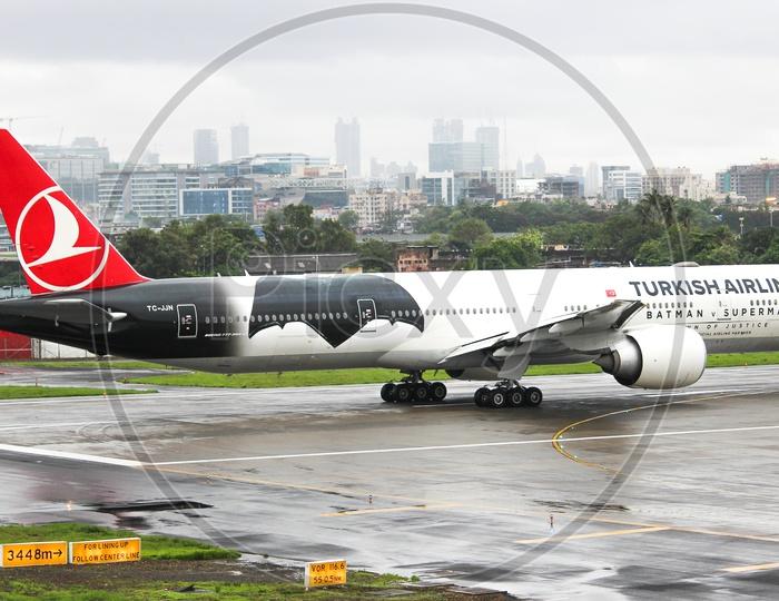 Turkish airline B777-300ER