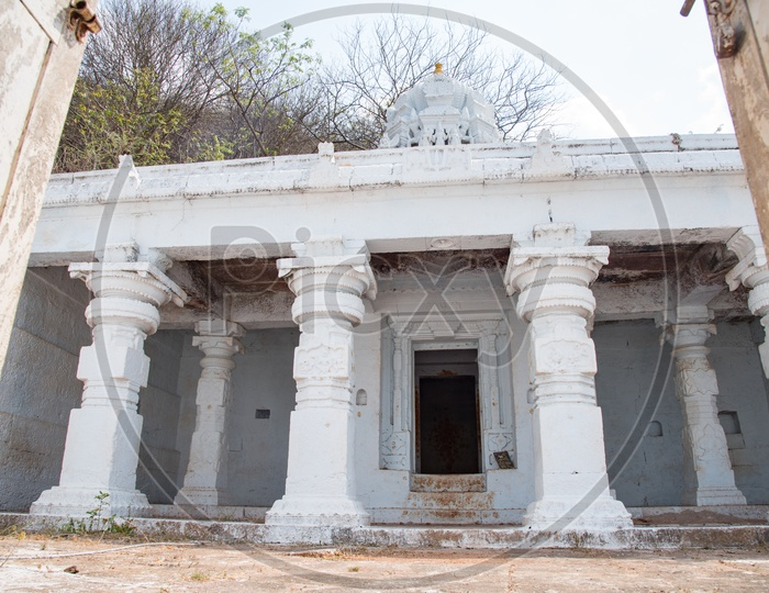 Sobhanachala Lakshmi Narasimha Swamy Temple, Agiripally.