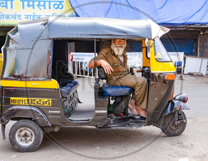 Auto Rickhaw in Pune