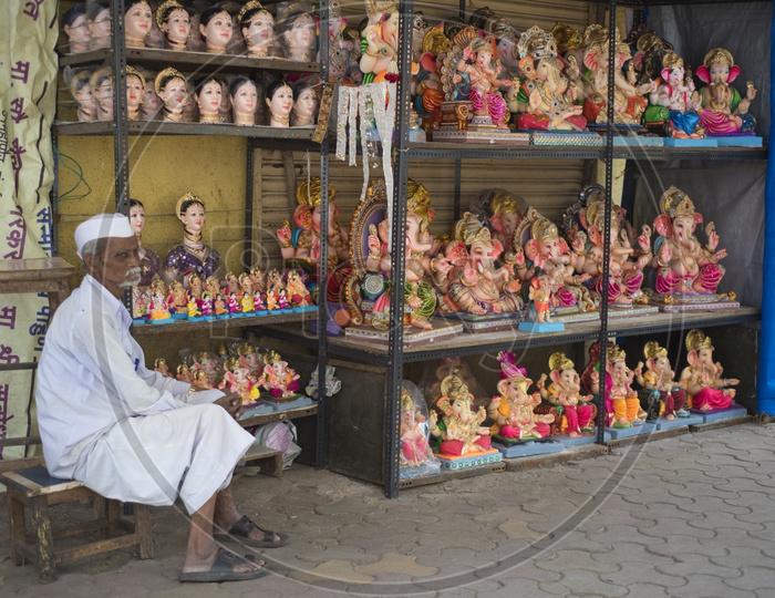 Ganesh Idols for sale in Mumbai