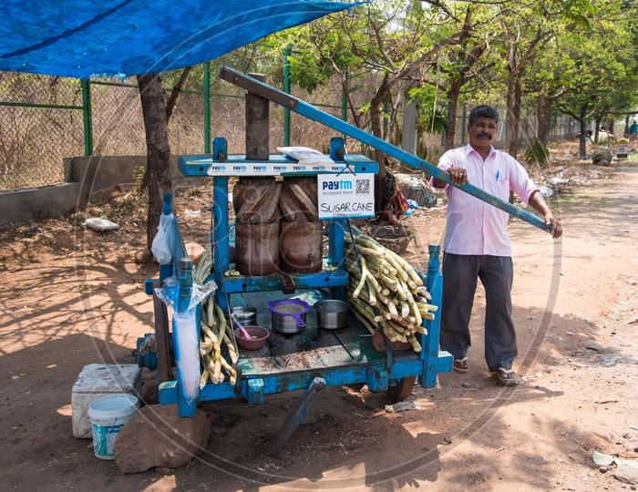 Sugarcane juice vendor accepting digital currency via Paytm
