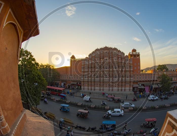 Wide view of Hawa Mahal