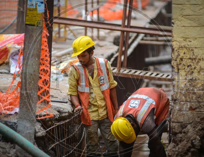 L&T Construction workers