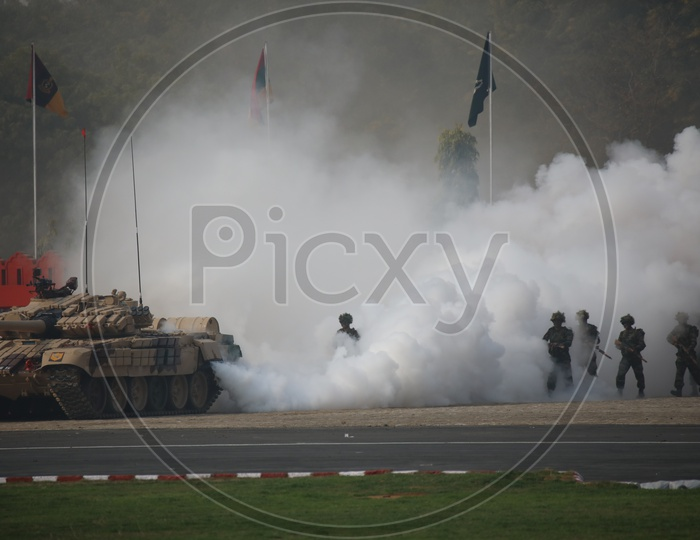Indian Army Soldiers Demonstrate Their Skills During Army Day
