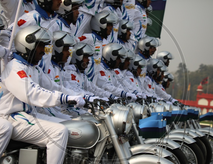 Indian Army Soldiers Display Bike Stunts on Army Day