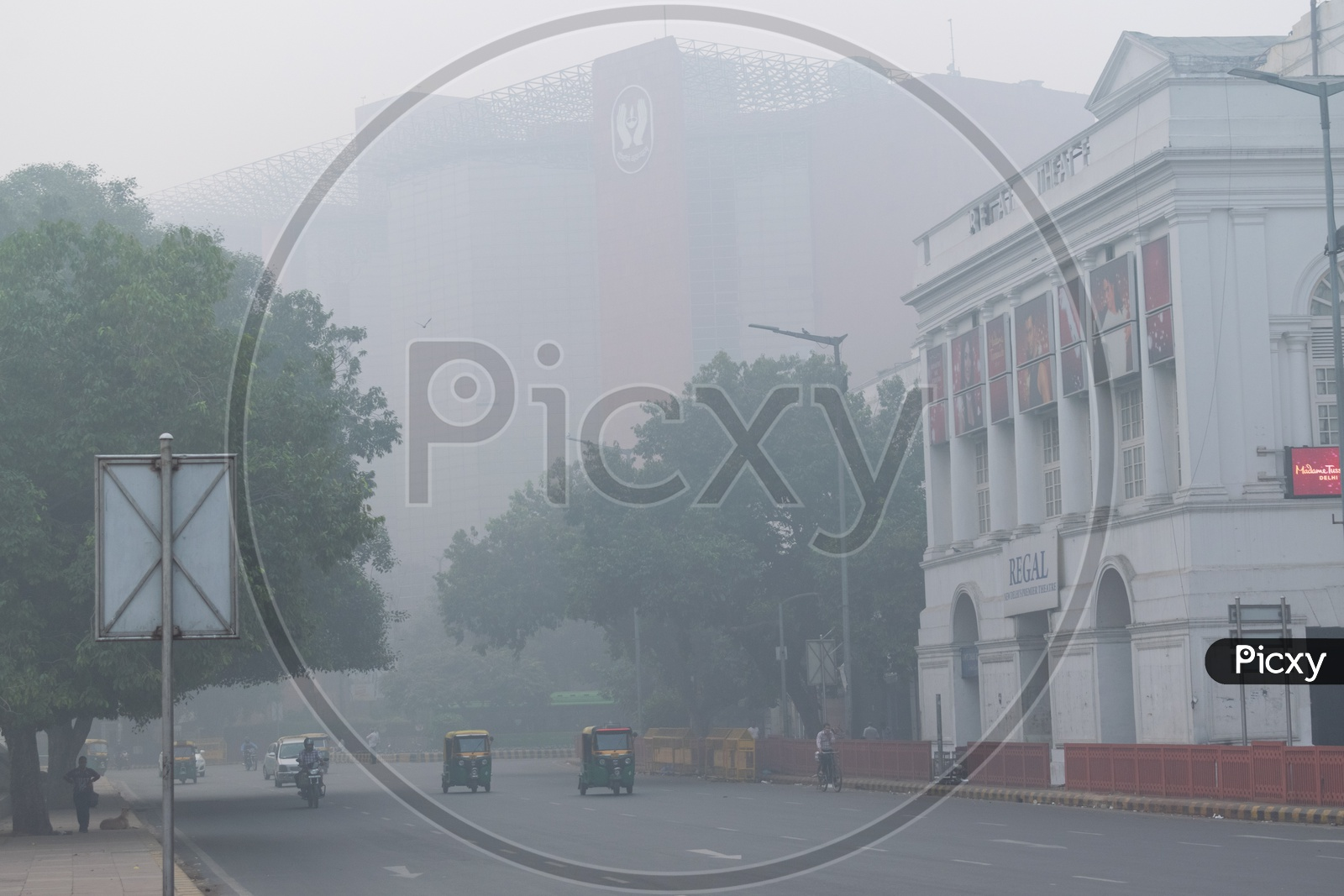 Hazy morning due to Pollution(smog) at severe level in Delhi NCR after Diwali