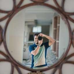 Profile picture of Eshwar Manikanta on picxy