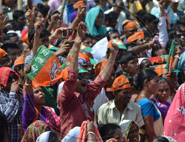 BJP Supporters  Crowd At a Public Meeting  Hailing Slogans