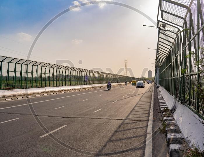 Lok Nayak Setu Bridge over Yamuna River, Delhi