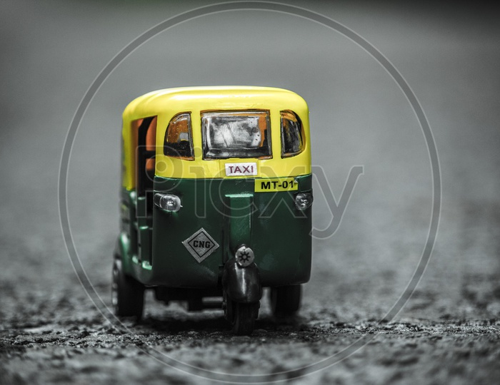 The toy taxi auto