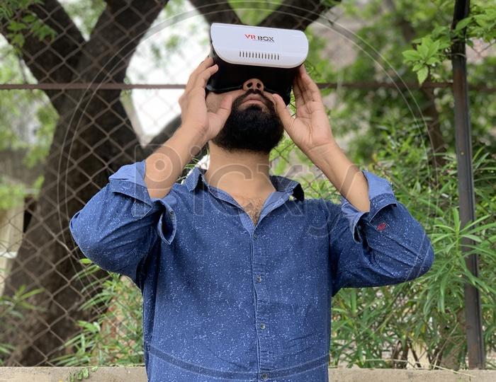 VR box user