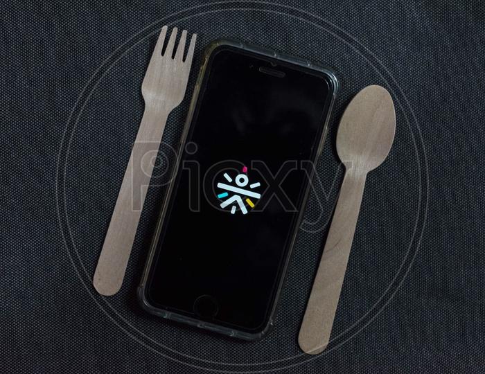 Eat fit online food delivery app for mobile
