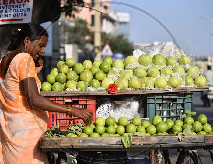 Guava Fruit Selling At Vendor Stall