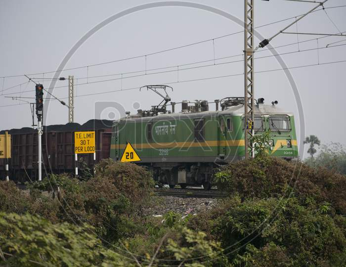 Khirai Midnapore, West Bengal, India - 11Th October 2020 : A Goods Train Of Indian Railway Accelerating.