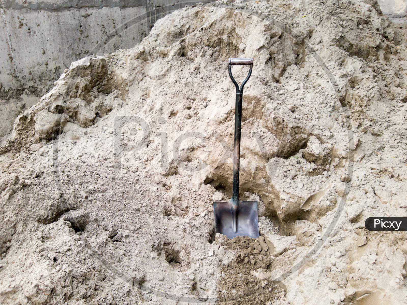 Building Material Supplier Dust Spade, Shovel (Belcha) With Wooden Handle,