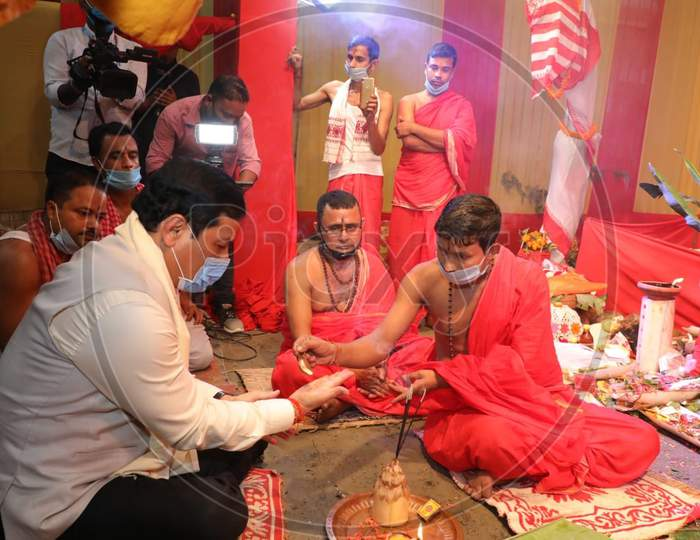 Assam Chief Minister Sarbananda Sonowal  visits  community puja  pandal  in Guwahati on Oct 25,2020.