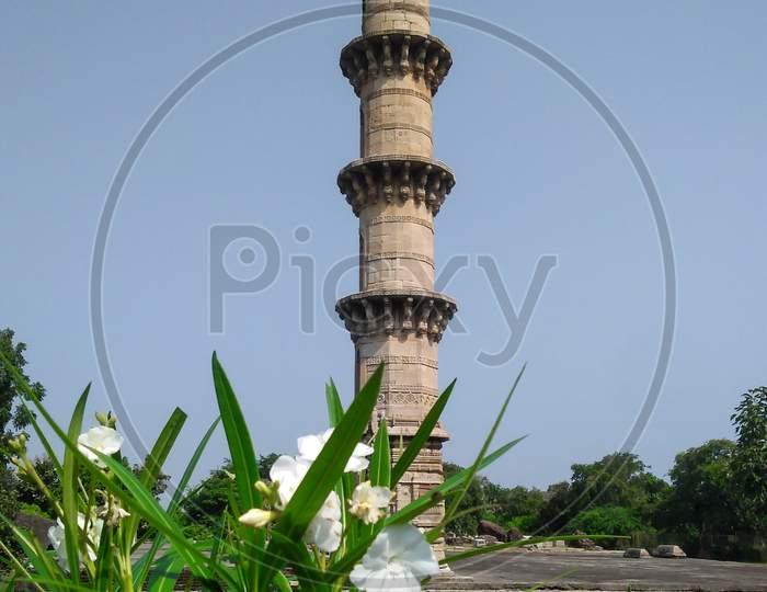 Ek minar ki masjid from pavagadh chapaner Gujarat India