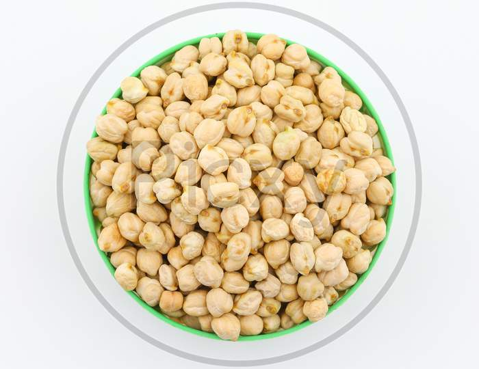 Fresh Raw Whole Chickpeas