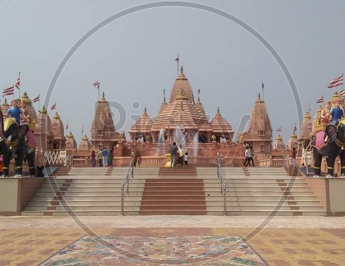 Swaminarayan temple nilakhanth dhan poicha Gujarat India