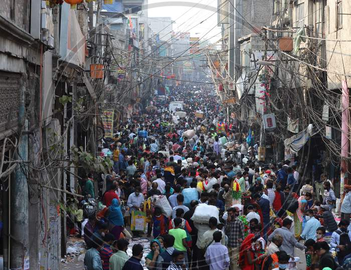 A crowded market place at Sadar Bazar in New Delhi as people shop during the upcoming Diwali festival. November 13, 2020