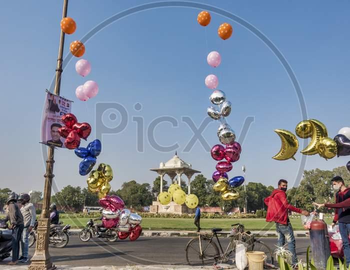 Baloon Street Saller