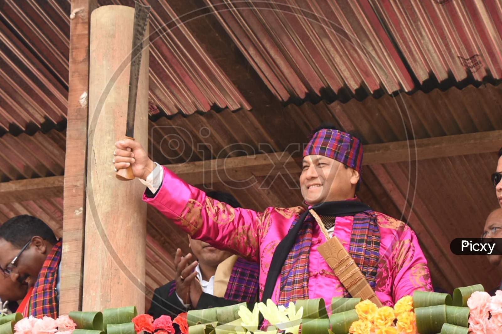 Shapawng Yawng Manau Poi festival in Assam