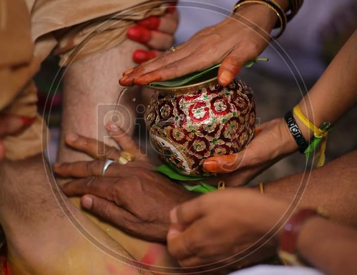 South Indian Wedding Traditions At an Hindu Wedding
