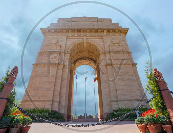 Landscape of India Gate with blue sky