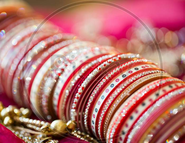Wedding Bangles For Indian Wedding Bride
