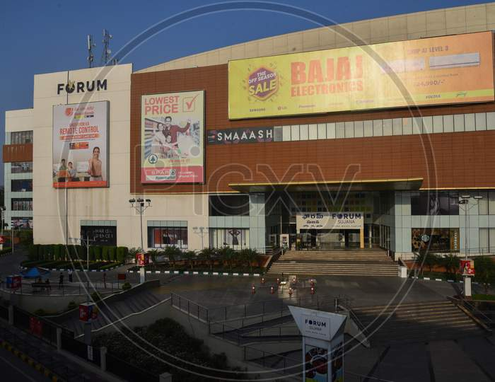 Closed Forum Mall, Janata Curfew, March 22,2020, KPHB,Hyderabad