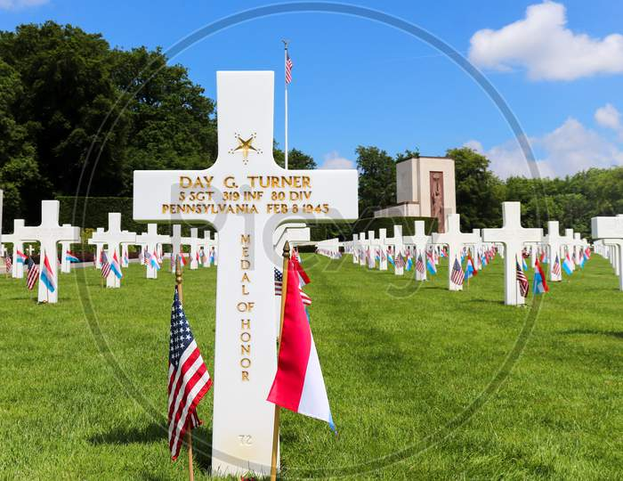 Medal Of Honor Recipient Buried At A Military Cemetery
