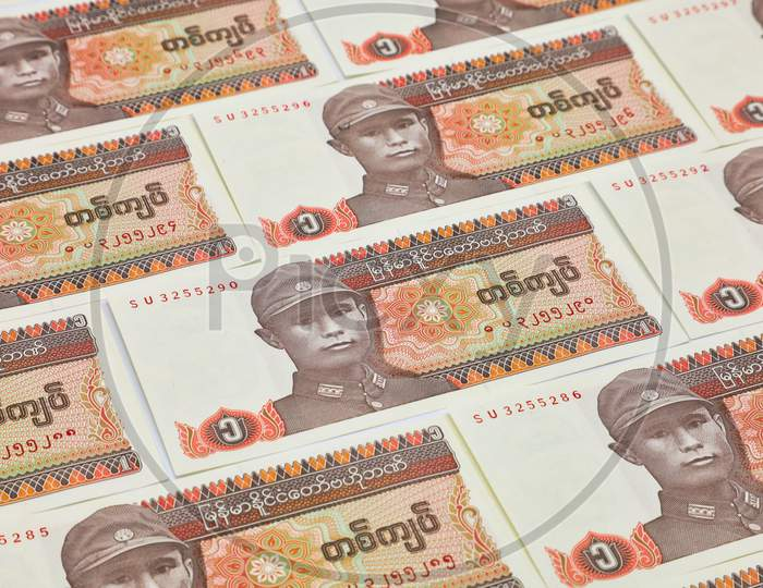 Myanmar Kyats Banknote, Myanmar Kyat Currency Notes placed in Sequence