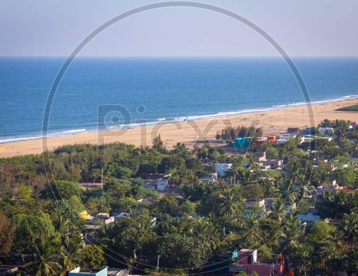 Breathtaking View Of Pulicat(Also Called As Pazhaverkadu) Village And The Bay Of Bengal Coastline, Tamil Nadu, India. Aerial View Of Pulicat Beach From Pulicat Lighthouse.