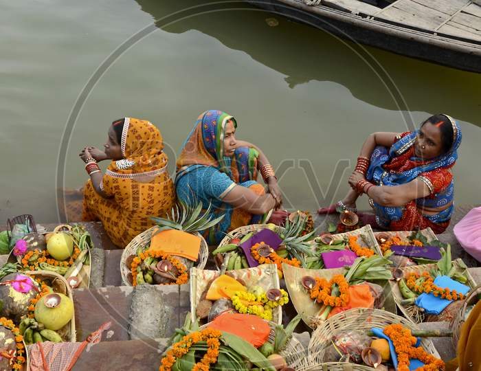 chaath devotee at varanasi india