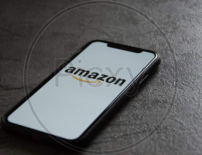 Amazon app on iPhone XS. 3D Render.