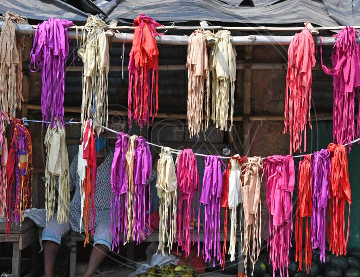 Locally made Face masks being sold in Burdwan town. The trend of using face masks to prevent Novel Coronavirus (COVID-19) infection has increased in Purba Bardhaman District.