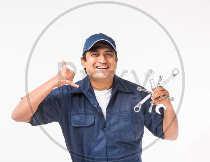 Indian auto mechanic