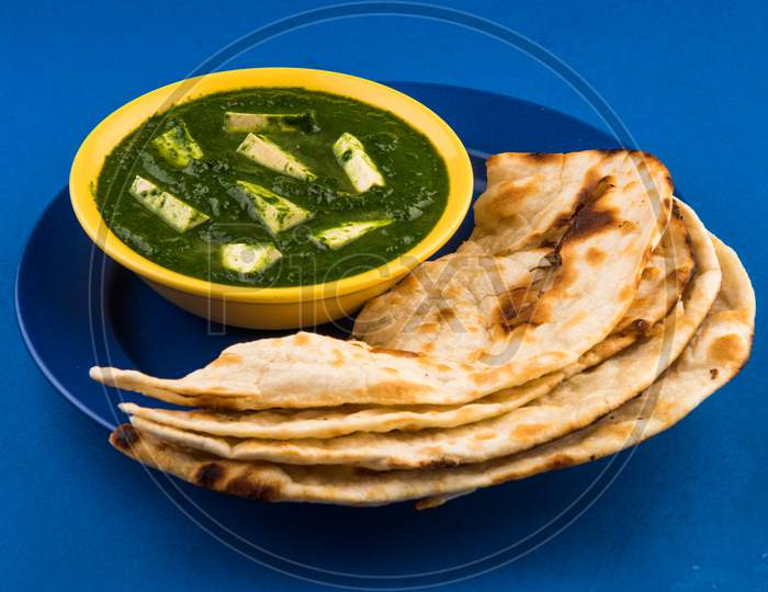 Palak Paneer / Spinach cottage cheese curry