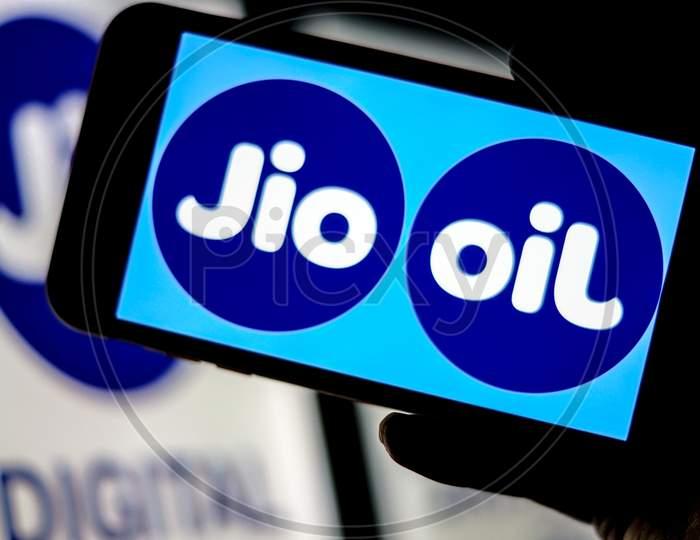 Jio Logo and Flipped Jio Logo as OIL on a Smartphone Screen