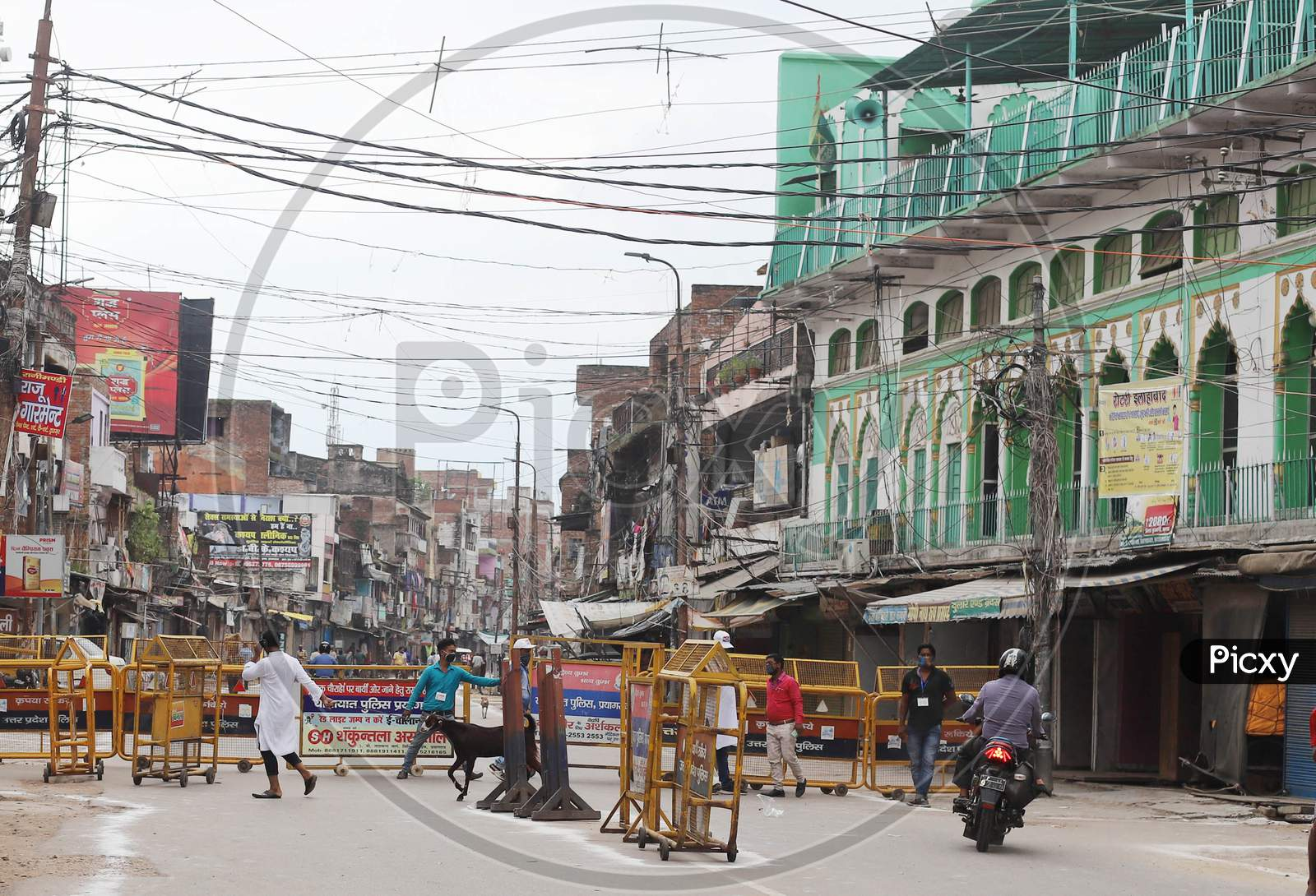 A view of closed Jama Masjid on the occasion of Eid Al- Adha during the outbreak of the coronavirus disease (COVID-19) in Prayagraj, August 1, 2020.