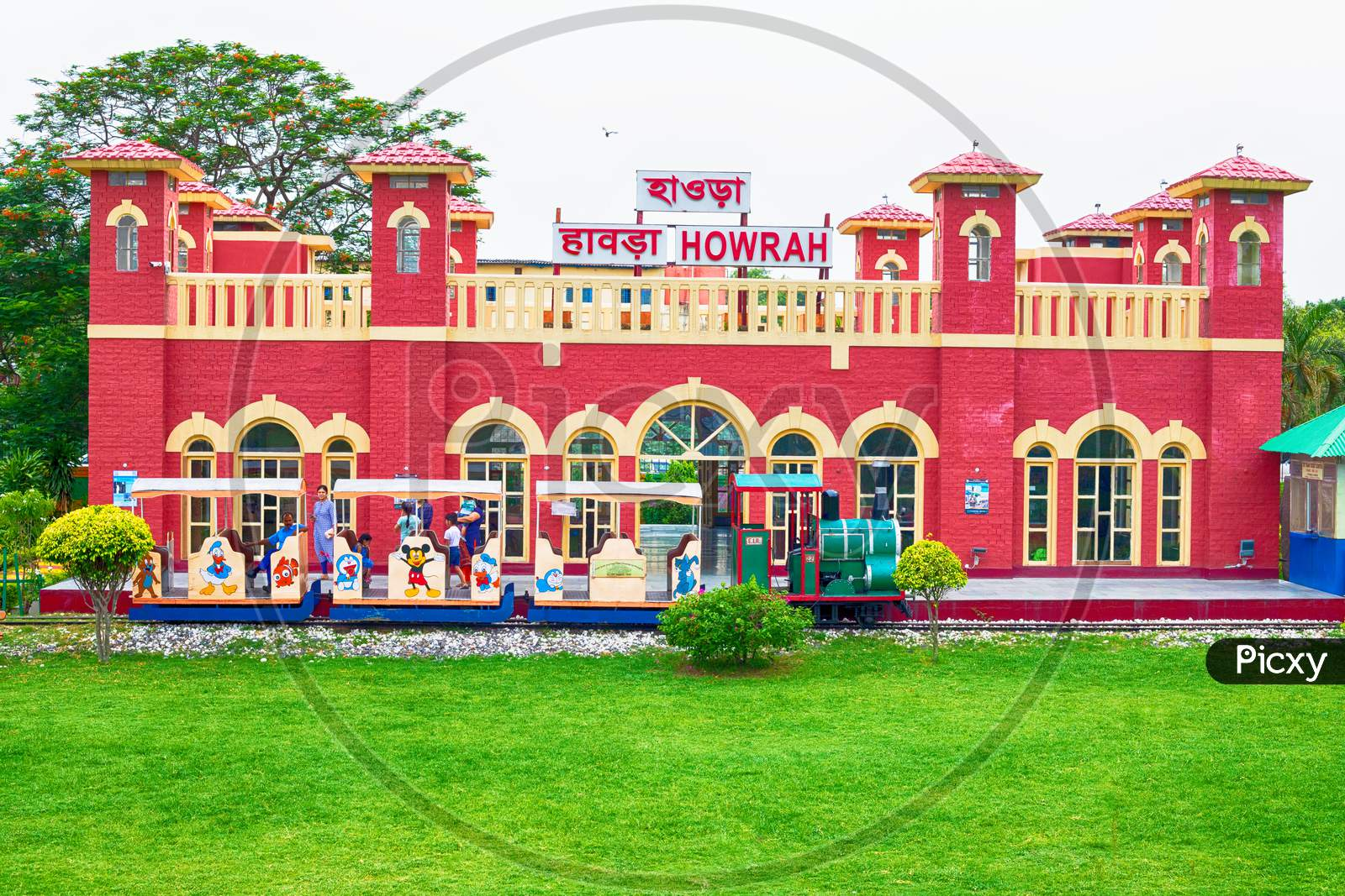 ancient, architecture, asian, buildings, calcutta, city, city architecture, city life, cityscape, colonial, colorful, culture, destination, exterior, famous, heritage, historical, historical building, history, howrah, howrah junction, howrah railway station, howrah station, india, indian, kolkata, l