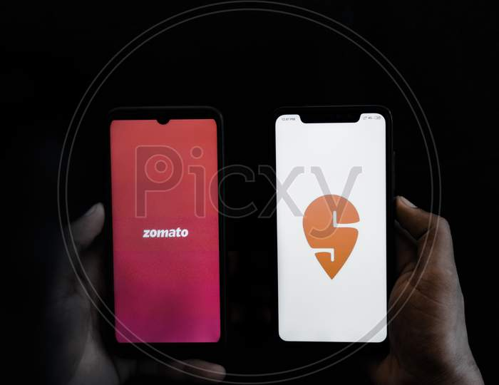 Swiggy and Zomato online apps