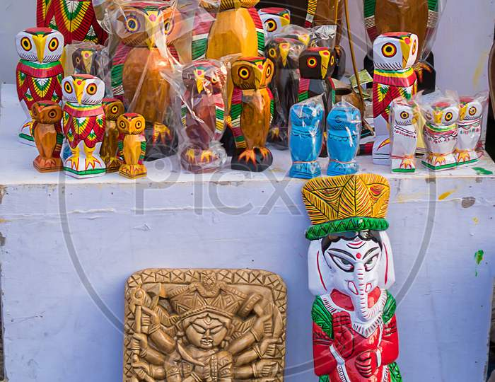 Indian Traditional Handmade Wooden Toys Is Displayed In A Street Shop For Sale. Indian Handicraft And Art