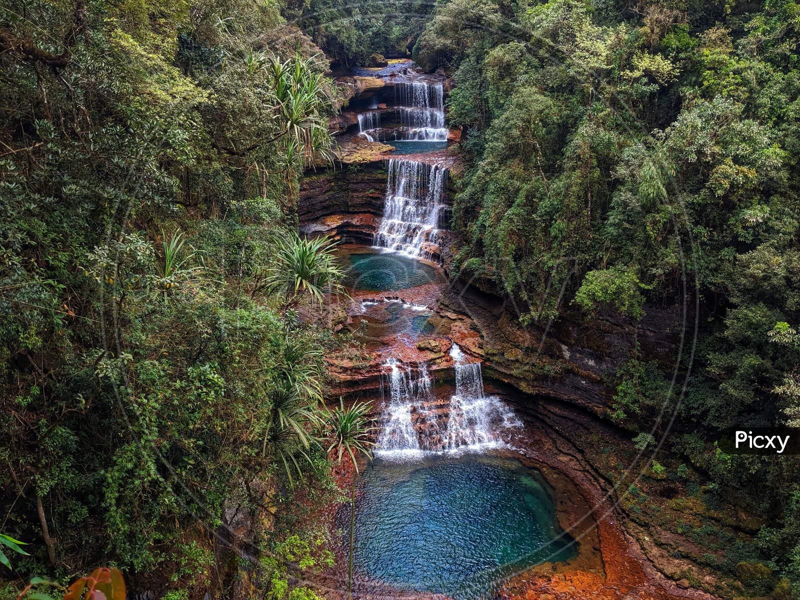 Most beautiful waterfall, Wei Sawdong