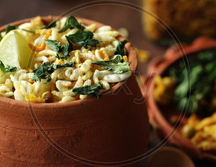 Delicious Bengali street food and evening snacks, Jhalmuri