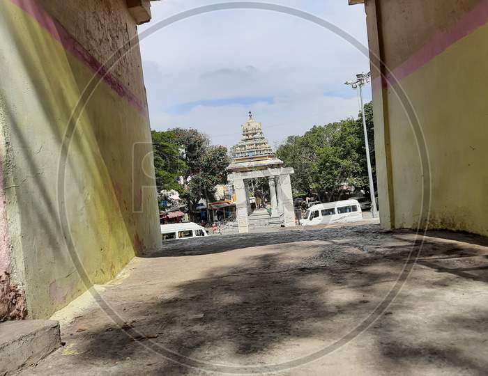 Beautiful view of Sri Kempegowda Statue and Tower in front of the circle of Gavi Gangadareshwara Temple, Gavipuram